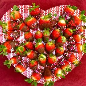 Chocolate + Strawberies= <3