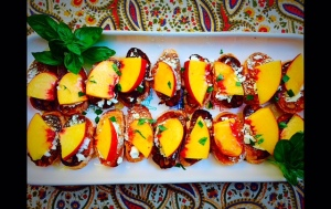 Peaches with Honey on fresh Toasts